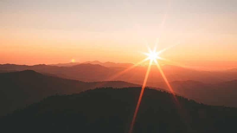 Kata-Kata Percaya Diri - Matahari Bersinar