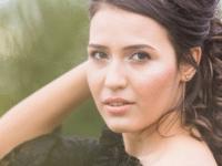 Cari Merk Highlighter Yang Bagus Untuk Kulit Wanita Indonesia