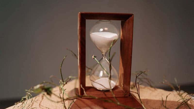 Kata-Kata Tentang Waktu - Jam Pasir