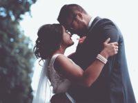 Ucapan Terima Kasih untuk Suami - Suami Istri